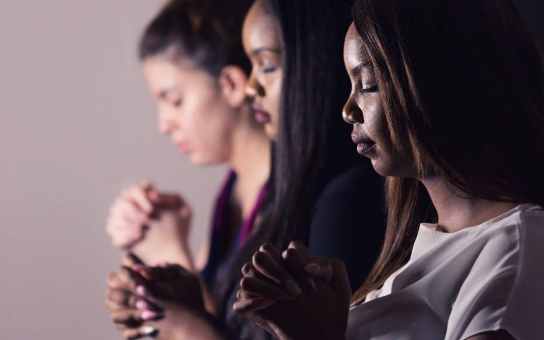 Entendiendo el Papel de las Mujeres en la Familia de Dios